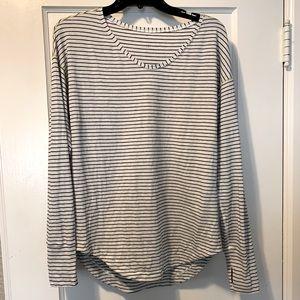 Lululemon long sleeve tee striped 8 medium